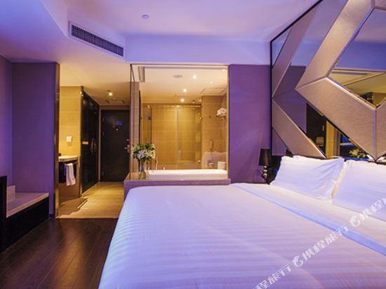 桔子水晶酒店(廣州白雲機場店)(原花都店)(Crystal Orange Hotel (Guangzhou Baiyun Airport))大床房