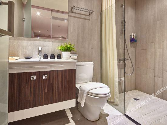 豐居旅店(台北西門館)(Via Hotel)印象居三人淋浴屋