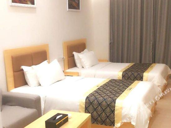 深圳途家斯維登度假公寓(東部華庭大梅沙)高級雙床房(無窗)