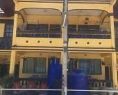七巖黃色小屋