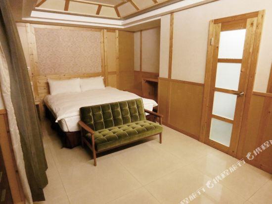 高雄宮賞藝術大飯店(KUNG SHANG DESIGN HOTEL)總統套房