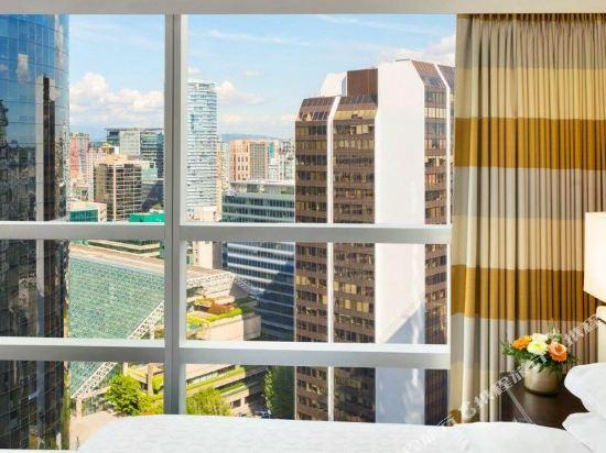 温哥華喜來登華爾中心酒店(Sheraton Vancouver Wall Centre)雙特大床套房