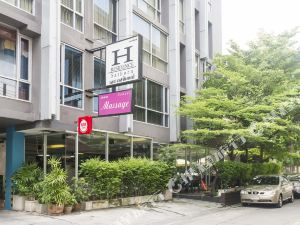 Favstay沙通H高級公寓(H Residence Sathorn by Favstay)