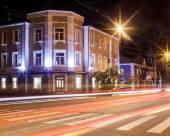 米克海爾斯特羅哥夫酒店