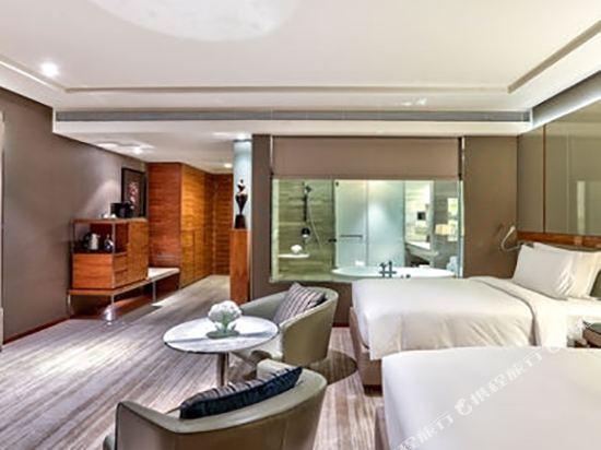 曼谷素坤逸希爾頓酒店(Hilton Sukhumvit Bangkok)精緻雙床套房