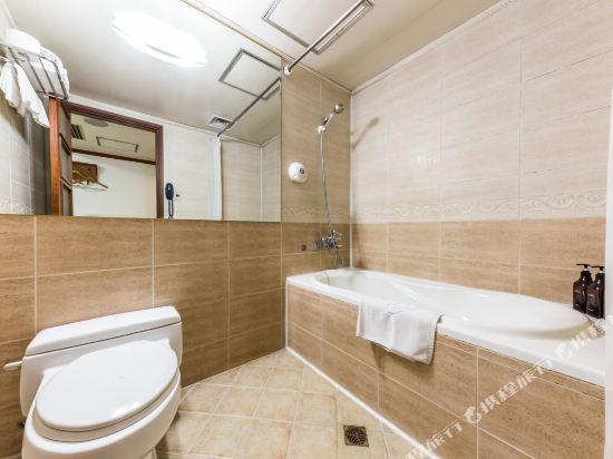 東大門域多利酒店(Victoria Hotel Dongdaemun)豪華雙床房