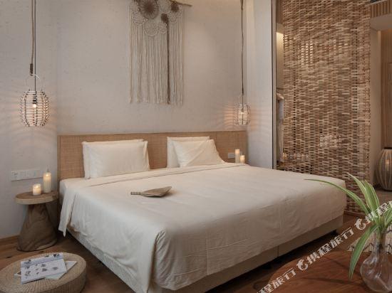 上海浦東機場江鎮亞朵S酒店(Atour S Hotel Shanghai Pudong Airport)幾木庭院大床房