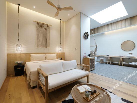 上海浦東機場江鎮亞朵S酒店(Atour S Hotel Shanghai Pudong Airport)幾木園景大床房