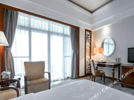 佛山高明碧桂園鳳凰酒店(Gaoming Country Garden Phoenix Hotel)雅緻大床房