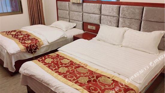 彭州金色假日酒店(原金太陽鄉村酒店)