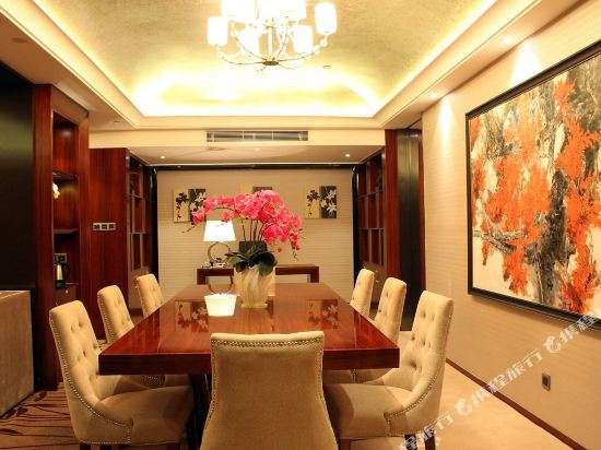 佛山富林朗悅酒店(Longyatt Hotel)朗悅套房