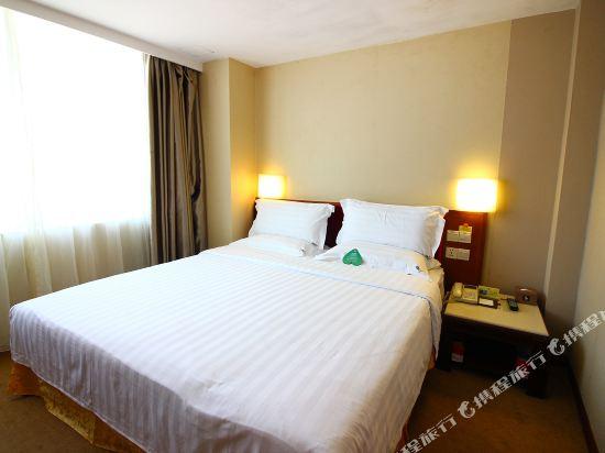 珠海L Hotel蓮花店豪華家庭套房