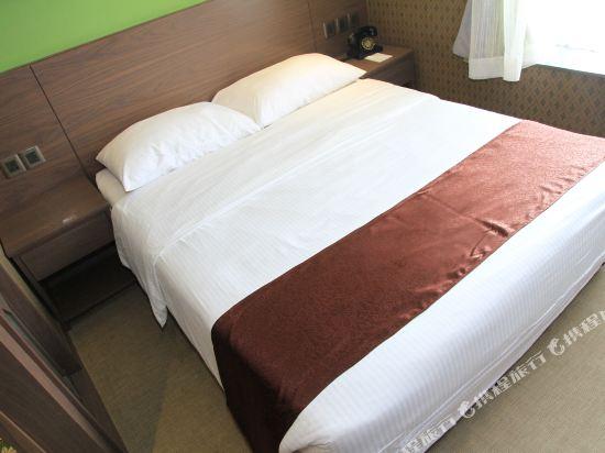 香港朗逸酒店(Largos Hotel)豪華大床房