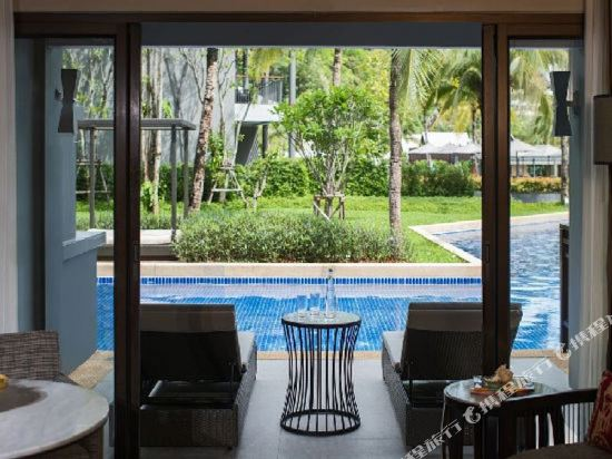 普吉島萬豪奈陽海灘水療度假村(Phuket Marriott Resort and Spa, Nai Yang Beach)至尊池畔房