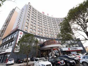 寧鄉華峰華天假日酒店