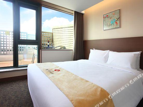 空中花園東大門金斯敦酒店(Hotel Skypark Kingstown Dongdaemun)陽台大床房