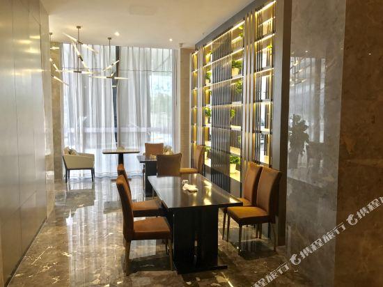 萬信酒店(上海世博園店)(Wassim Hotel (Shanghai World Expo Center))餐廳