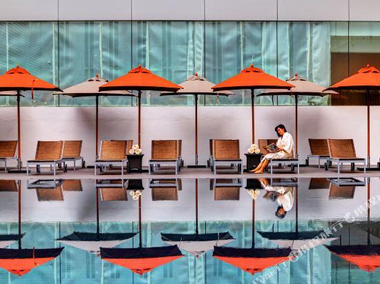 中間點曼達林大酒店(Mandarin Hotel Managed by Centre Point)室外游泳池