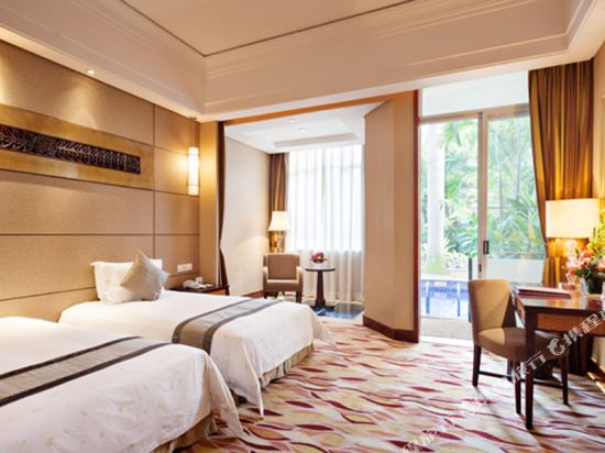 三正半山酒店(東莞橋頭店)(Goodview Hotel (Dongguan Qiaotou))親水區E座池畔商務雙床房