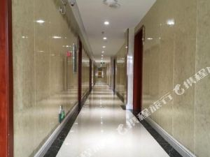泌陽新方圓賓館