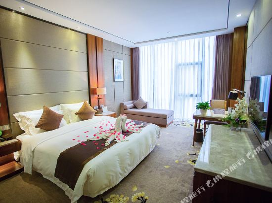 珠海棕泉水療酒店(Palm Spring Hotel)行政大床房B