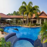 芭堤雅棕櫚熱帶花園輕鬆泳池別墅酒店預訂