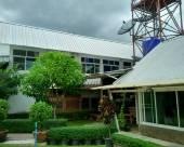 贊普拉納德旅館