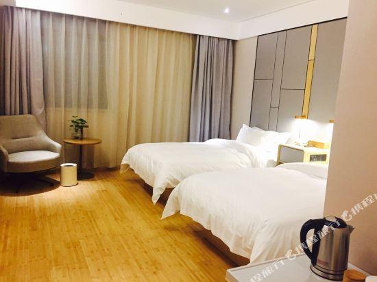 宿適輕奢酒店(上海漕河涇虹橋店)(Sushi Hotel (Shanghai Caohejing Hongqiao))輕奢高級標準房