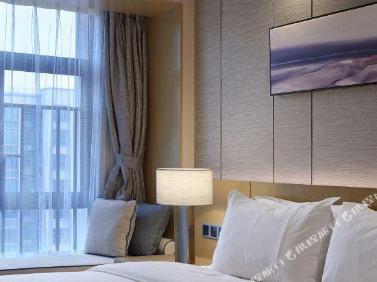 東方銀座國際酒店(東莞松山湖店)(Oriental Ginza International Hotel (Dongguan Songshan Lake))豪華大床房