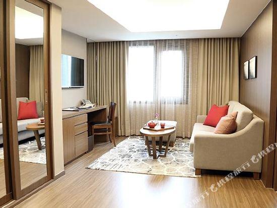 釜山商務酒店(Busan Business Hotel)轉角豪華雙床房