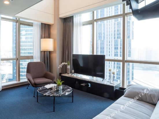 森圖姆尚品酒店(Centum Premier Hotel)套房