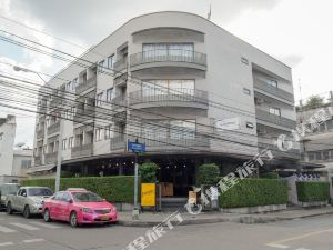 曼谷倉庫酒店(The Warehouse Bangkok)