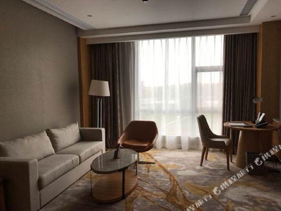 上海浦東主題樂園萬信酒店(Wassim Hotel (Shanghai Pudong Theme Park))豪華大床房
