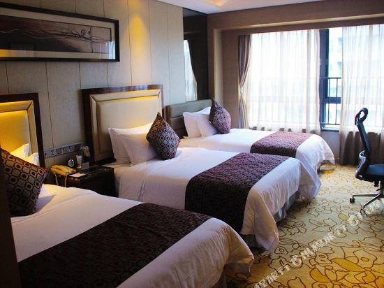 碧桂園空港鳳凰酒店(廣州新白雲機場店)(Country Garden Airport Phoenix Hotel (Guangzhou Baiyun Airport))三人間