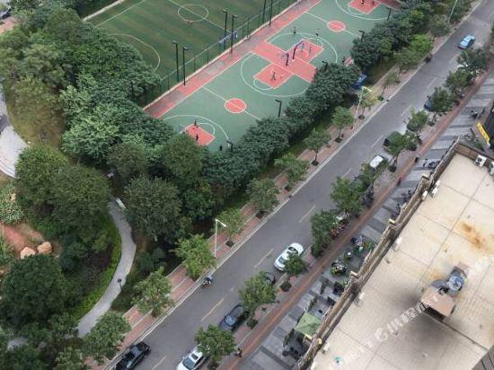 斯維登服務公寓(廣州琶洲國際會展門店)(Sweetome Vacation Rentals (Guangzhou Pazhou International Convention and Exhibition Center))健身娛樂設施