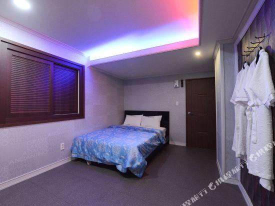 釜山站特級旅館(Top Motel Busan)豪華大床房