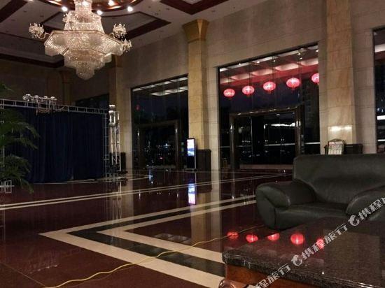東莞石龍名冠金凱悅酒店(Gladden Hotel (Shilong Town))公共區域