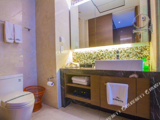 星倫保利中匯國際公寓(廣州火車東站店)(原倫凱保利國際公寓)豪華雙人房