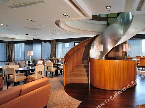 新加坡半島怡東酒店(Peninsula Excelsior Hotel Singapore)至尊俱樂部房