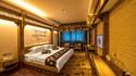 梦醉湘西墙绘大床房