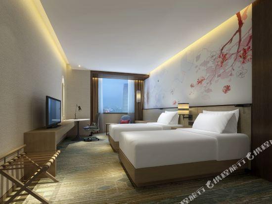 中山利和希爾頓花園酒店(Hilton Garden Inn (Zhongshan Lihe))高級雙床房