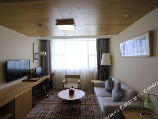 天和酒店(深圳機場T3航站樓店)(Tianhe Hotel (Shenzhen Airport Terminal 3))豪華商務套房