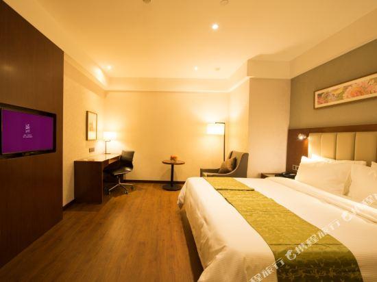 上海陸家嘴聯洋和頤酒店和頤惠選大床房
