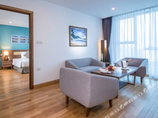 峴港皇家蓮花酒店(Royal Lotus Hotel Da Nang Managed by H&K Hospitality)Suite-living-room
