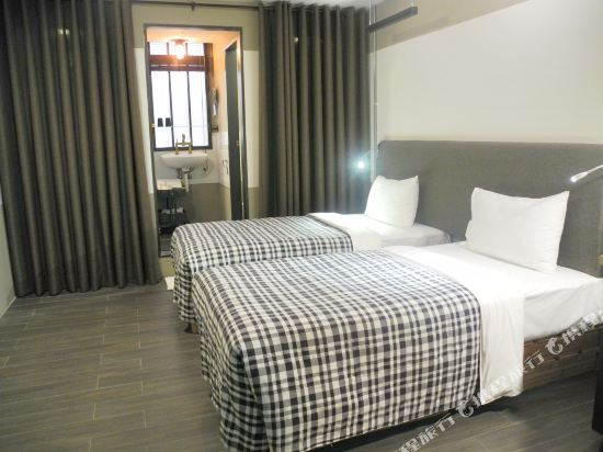 台北德立莊酒店-昆明館(Hotel Papa Whale)精緻雙床房(無窗)