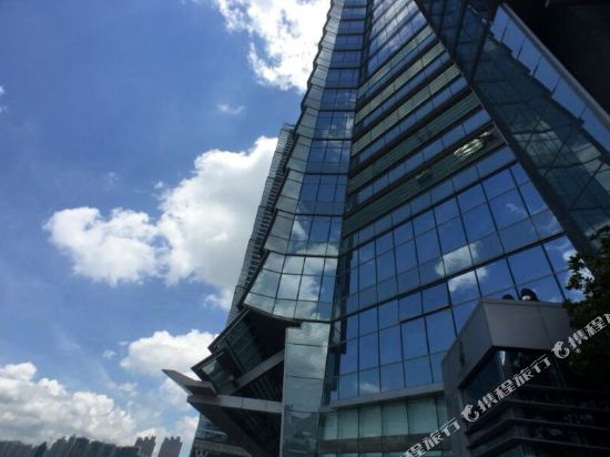 香港麗思卡爾頓酒店(The Ritz-Carlton Hong Kong)外觀