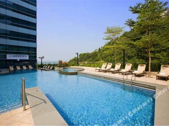 香港數碼港艾美酒店(Le Méridien Cyberport)室外游泳池