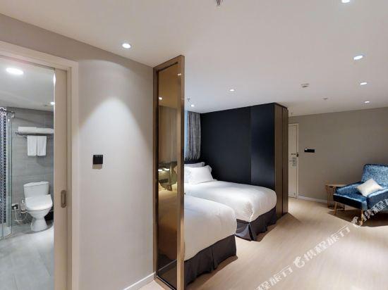 上海奕鄰66酒店(Ten66 Serviced Residences Supercity by Ariva)高級雙床房