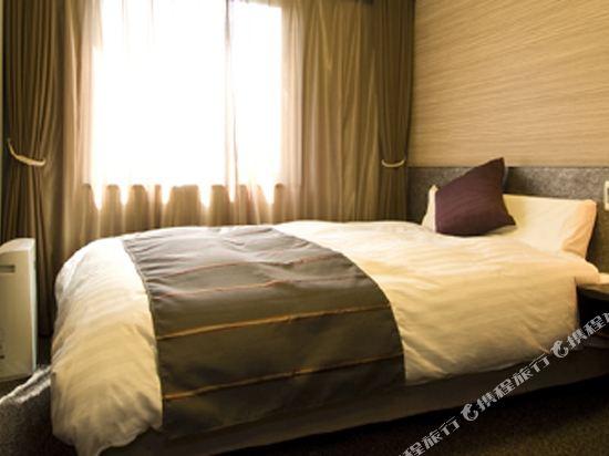 花螢之湯京都站前多米豪華酒店(Hotel Dormy Inn Premium Kyotoekimae)大床房