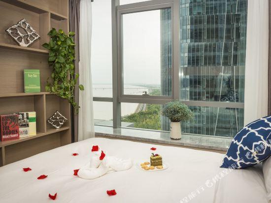 杭州印泰晤士·庭悅酒店(Thames Tingyue Hotel)江景大床